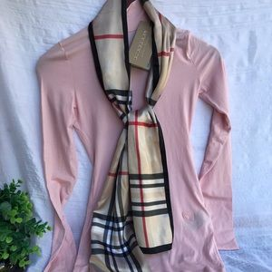 BURBERRY🎀🎀Light pink Mock neck Long sleeve